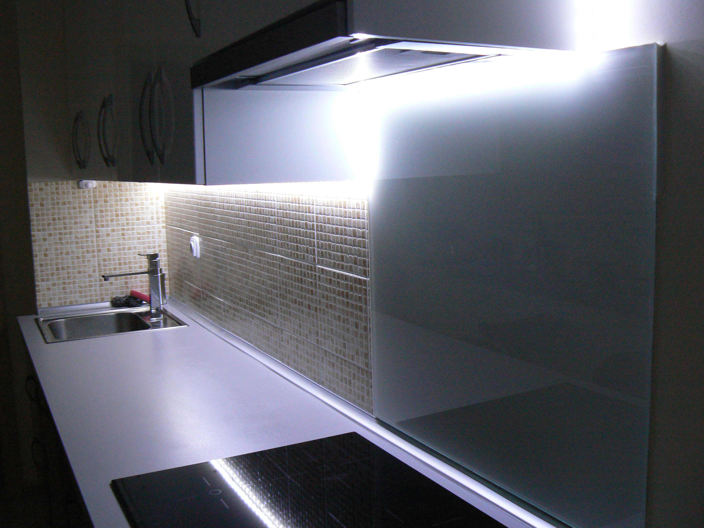 000c039fb8dc Aby mohla vaša kuchyňa v plnom rozsahu spĺňať . Svietidlá vhodné pod  kuchynskú linku na osvetlenie pracovnej plochy. Spríjemnite si tak prípravu  jedál a ...
